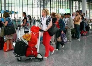 rus turist 300x217 Rus turistlerin vize süresi uzatıldı